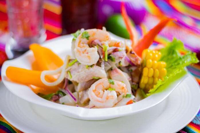 ceviche mixto peruano imagen