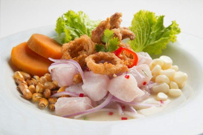 imagen del ceviche carretillero o ceviche de carretilla